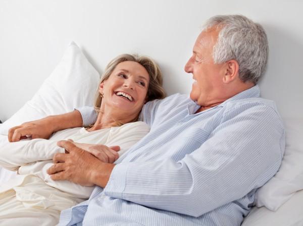 секс пожилых пар домашнее видео